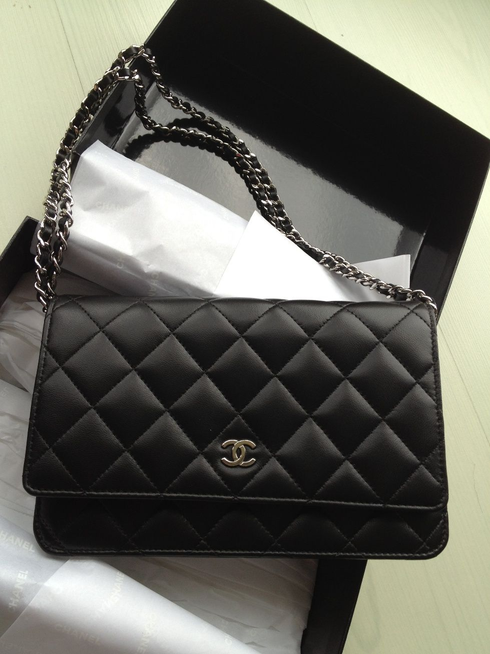 f136a9fdff6f89 CHANEL Black Lambskin WOC... ;D | bags in 2019 | Sac à Main, Sac, Mode