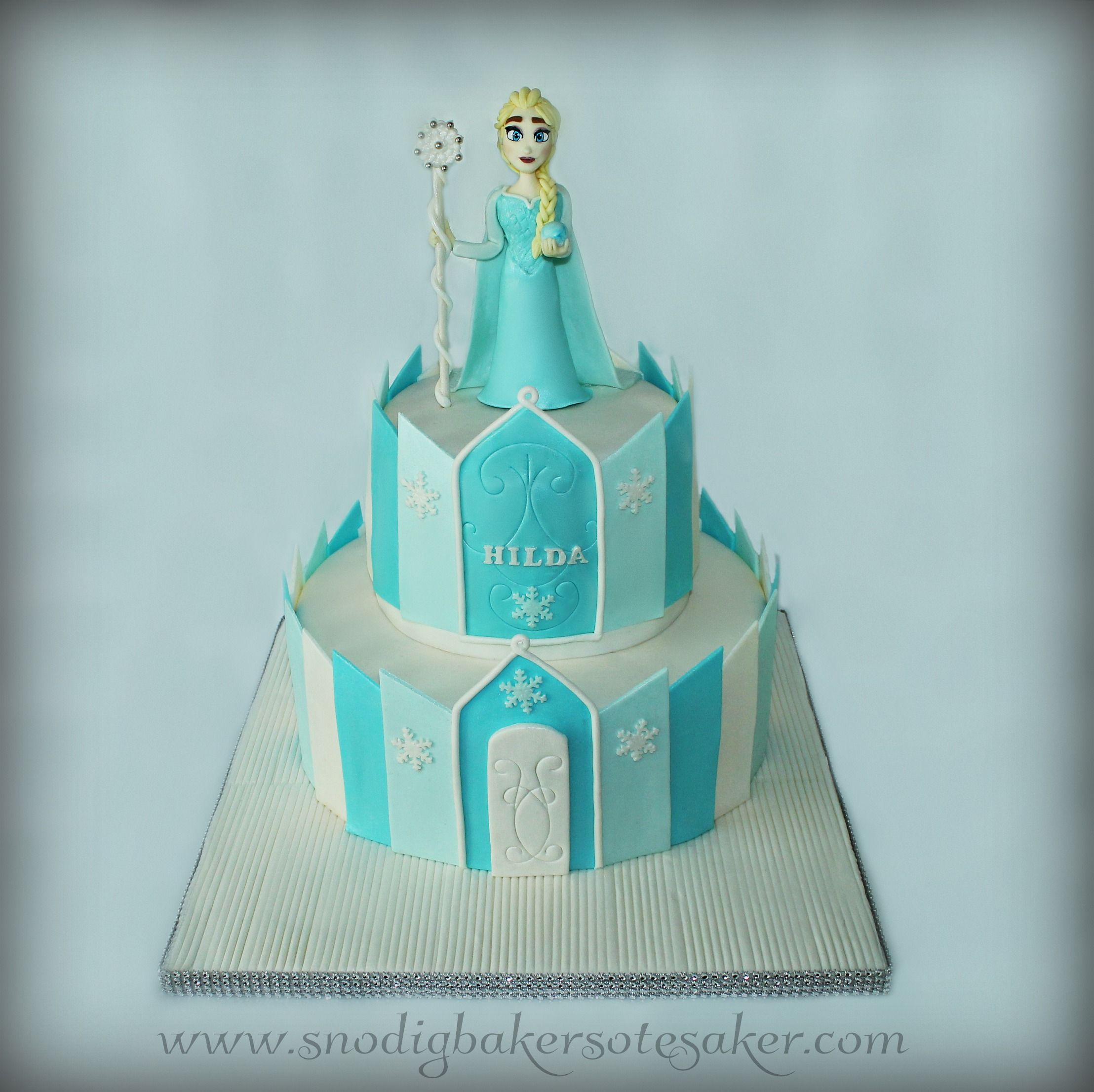 Frozen Elsa Castle Cake The Weird Baker Cakes Pinterest Elsa