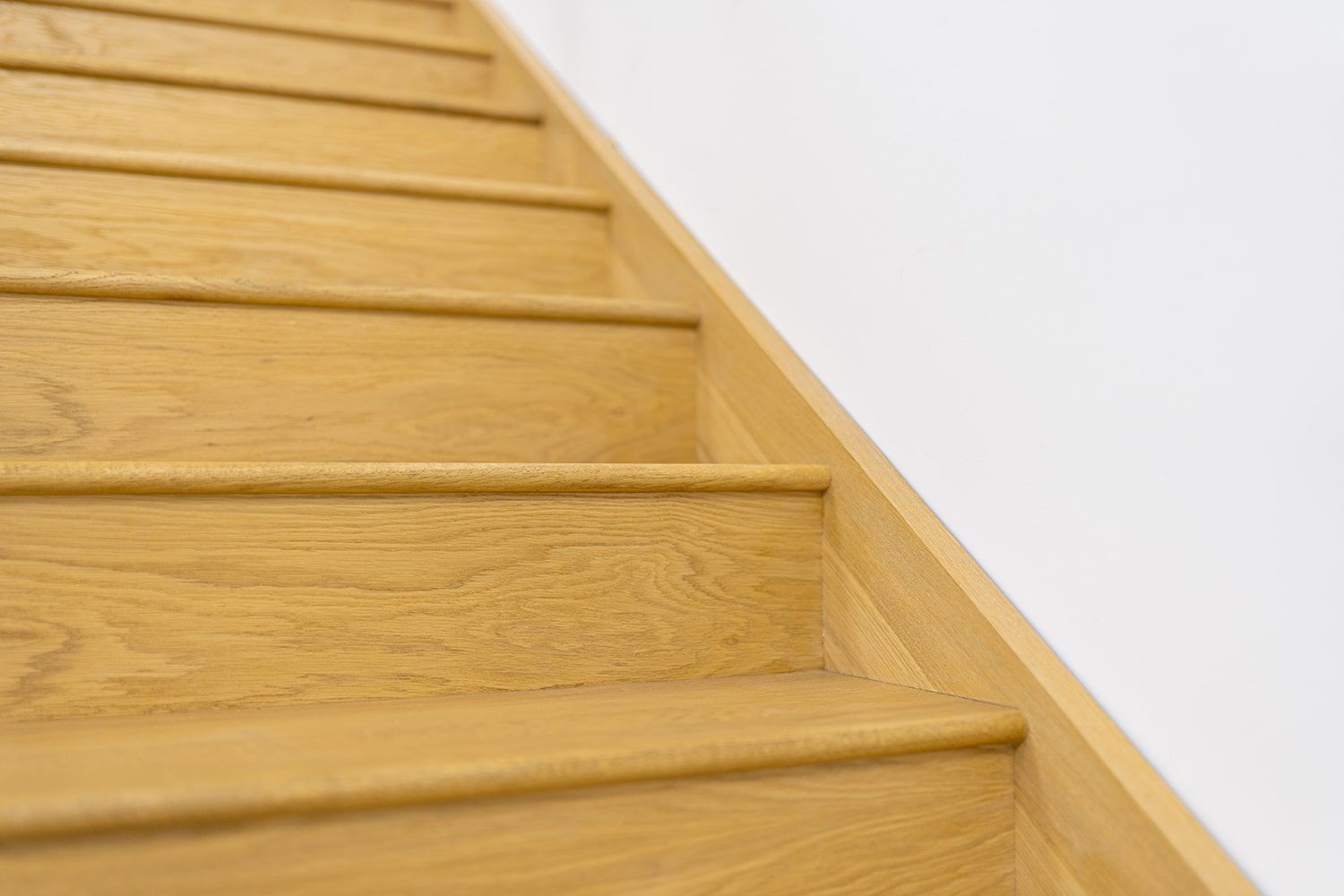 Best Pin By Stairbox On Oak And Glass Staircases Staircase 640 x 480