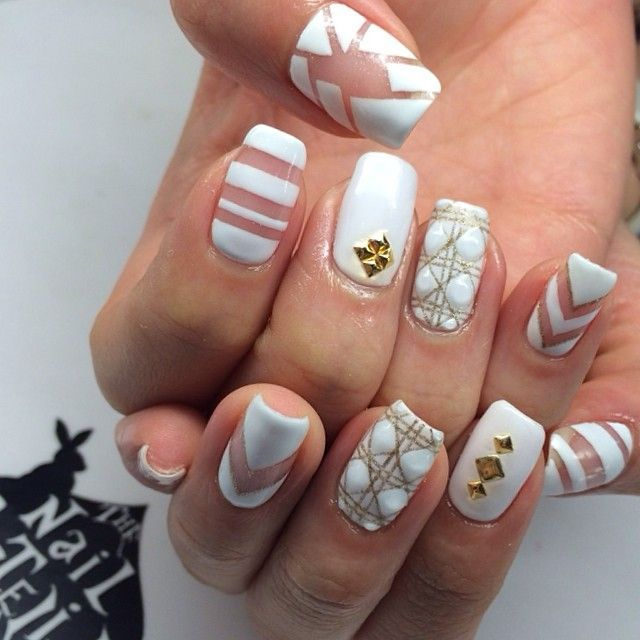 5 cute and dainty nail art designs with a white base prinsesfo Choice Image