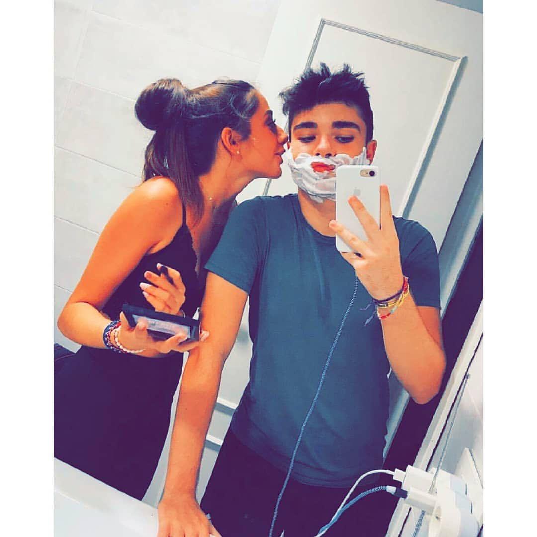 Pin By Khei Ra آل متمر د ة On Couplễ Cute Muslim Couples