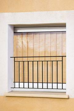 garde corps de fen tre en fer forg arthaud balustrade pinterest balconies and house. Black Bedroom Furniture Sets. Home Design Ideas