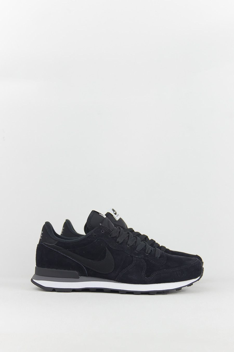NIKE INTERNATIONALIST BLACK DARK GREY WHITE