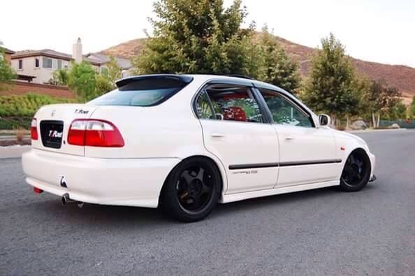 Pin By Jesse Van Der Wolde On Honda 3 Honda Civic Vtec Honda Civic Sedan 1999 Honda Civic
