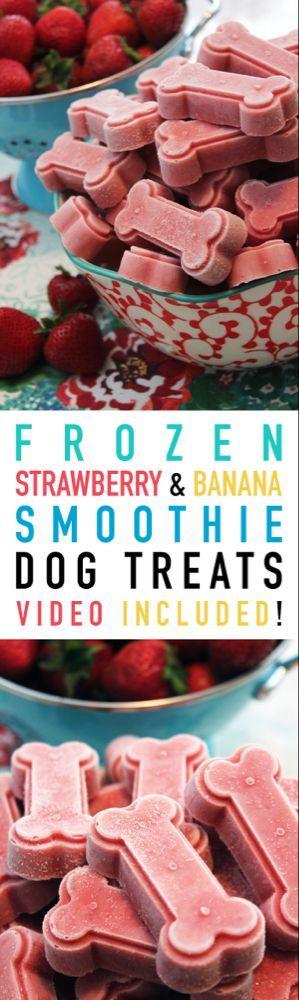 Frozen Strawberry and Banana Smoothie Dog Treats #strawberrybananasmoothie Strawberry Banana Smoothie Frozen Dog Treats | The Cottage Market #strawberrybananasmoothie