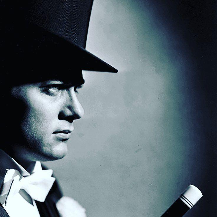 The great Tony Curtis. #hollywoodroyalty