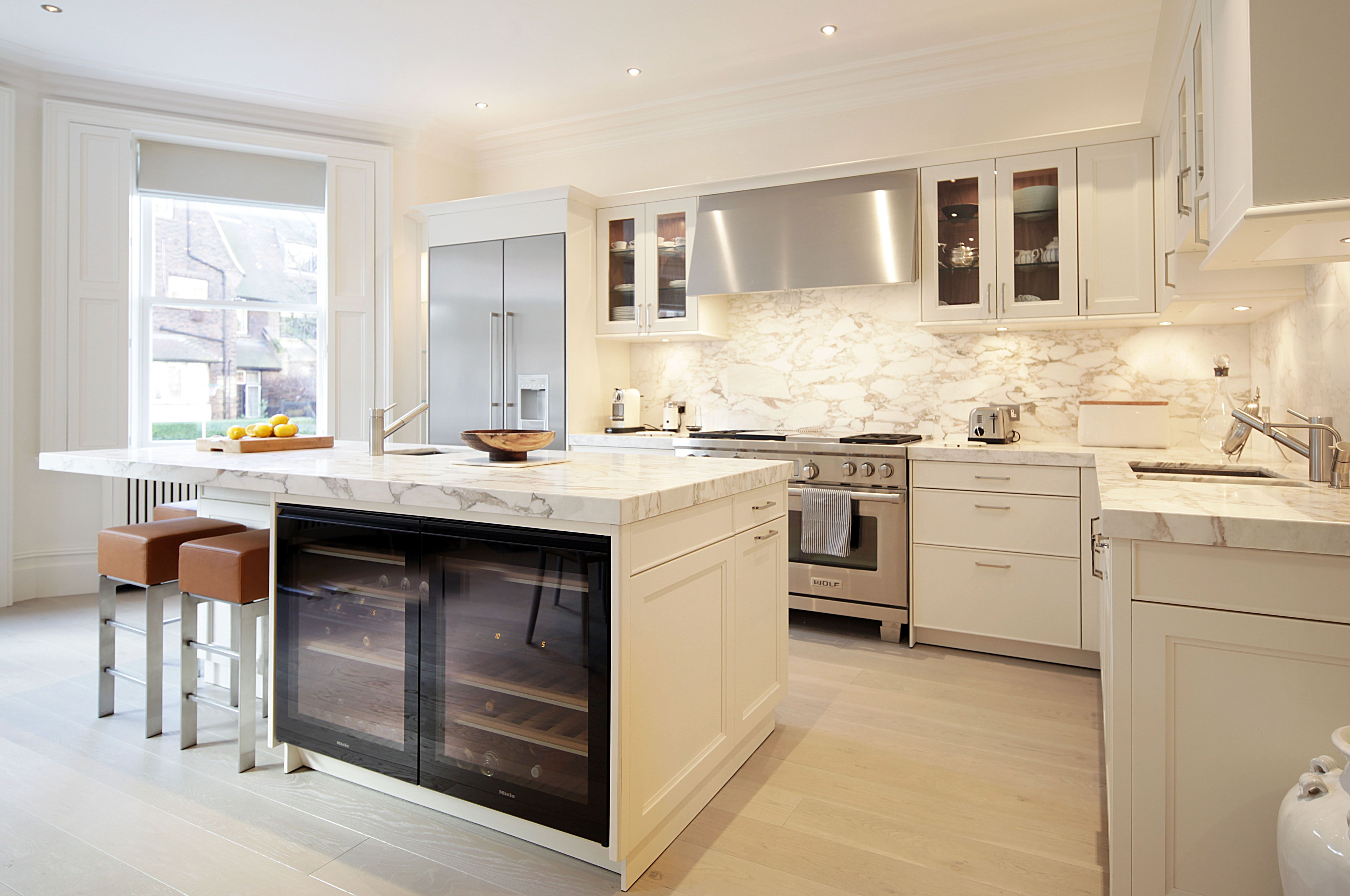 Ormonde Gate Kitchen Design Thurloe White Bespoke Cabinetry - Glass ...