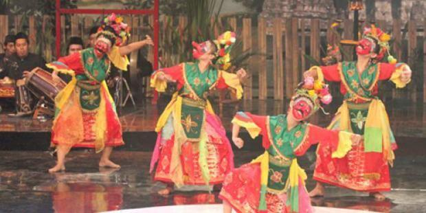 Tari Topeng Betawi Tarian Bernuansa Magis Seni Topeng Budaya