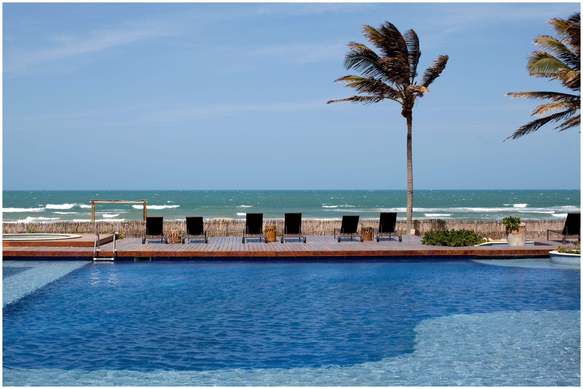 Zorah Beach Hotel I Guariju  120 km de Fortaleza 22 acomodações