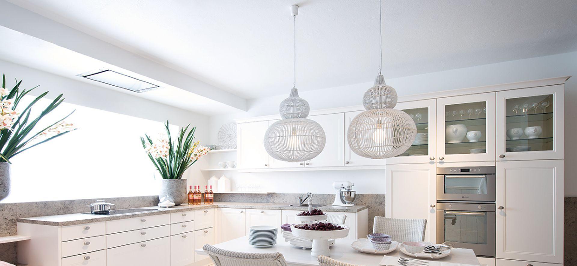 Charmant Küchenwand Lackfarben Mit Eichenschränke Zeitgenössisch ...