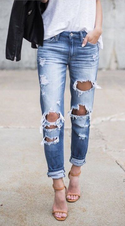 summer outfits White Top + Destroyed Skinny Jeans + Nude Sandals