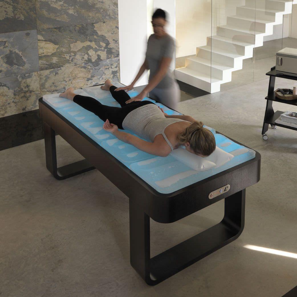 Cama de agua para masaje spa dream w lemi by brusaferri camillas reiki pinterest spa and room - Cama de agua precio ...