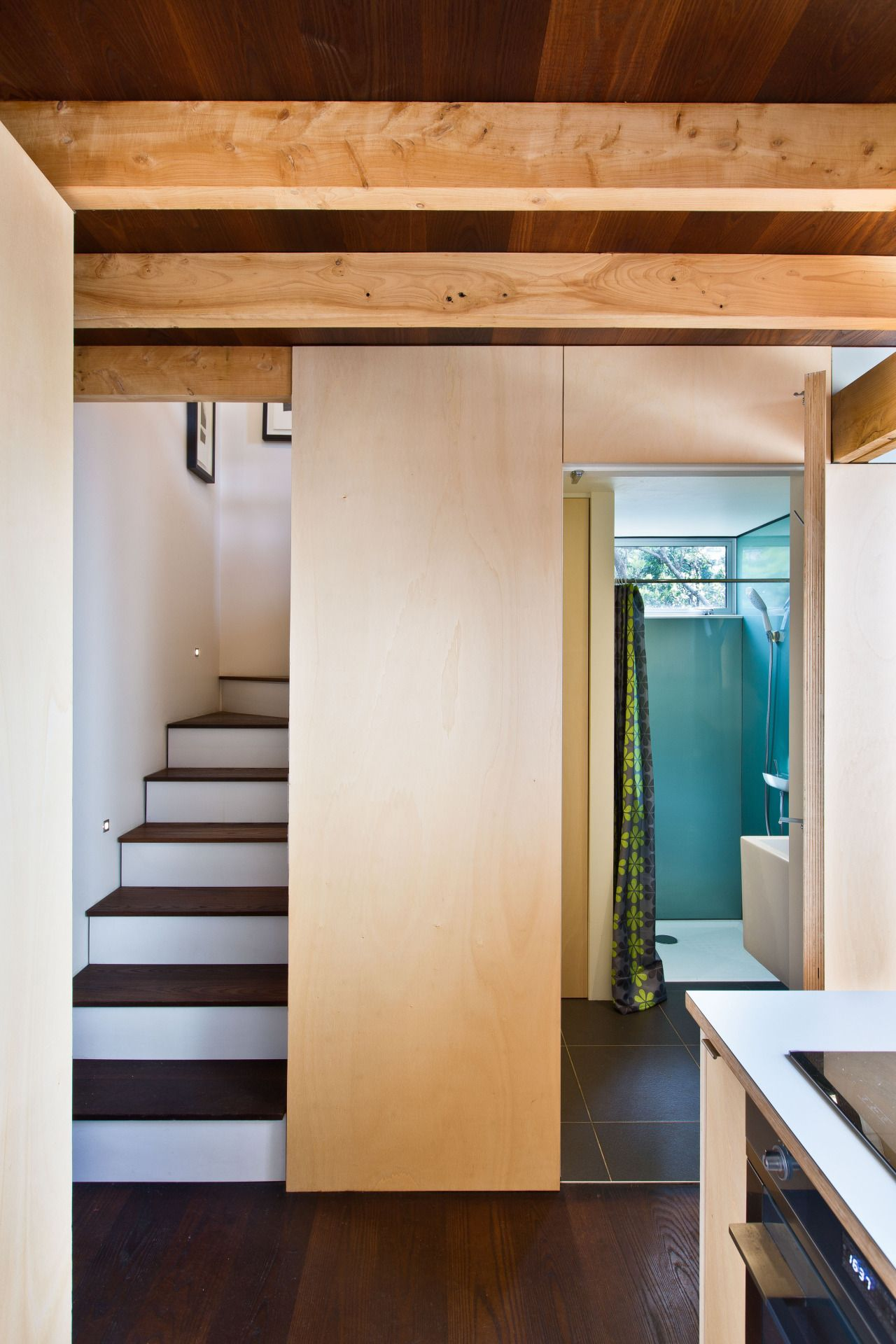 This small home in New Zealand is enormously clever
