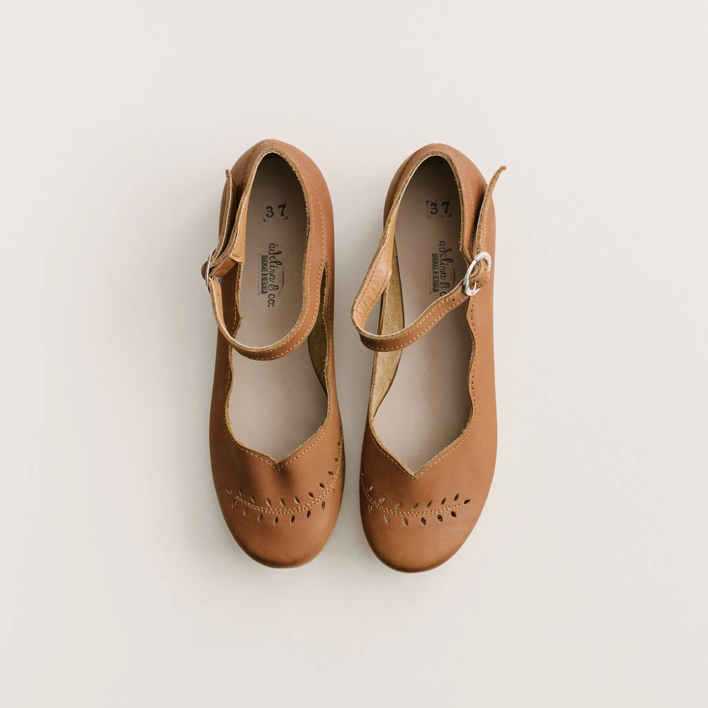 Leather flats women, Leather shoes