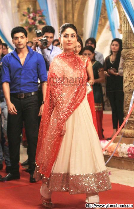 Kareena at Zee TV's Punar Vivaah @ 2012 | Bollywood ...