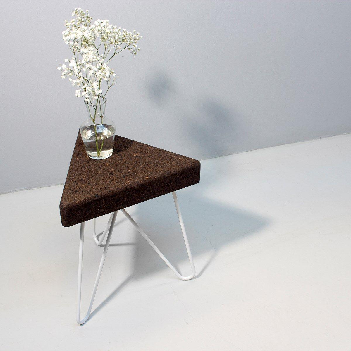 Tabouret Table Tres Liege Fonce Et Pietement Blanc Table Basse
