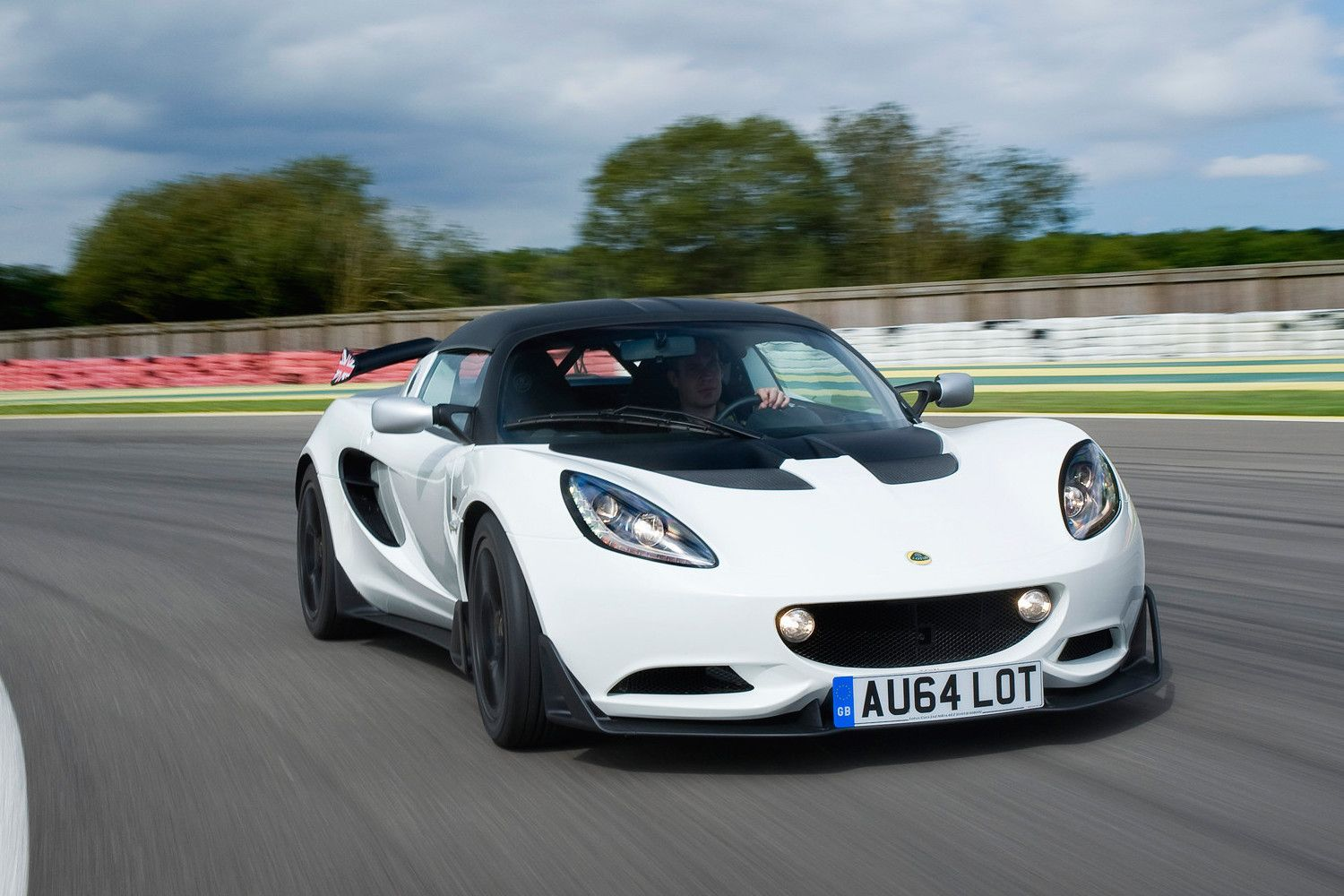 2020 Lotus Elises Photos