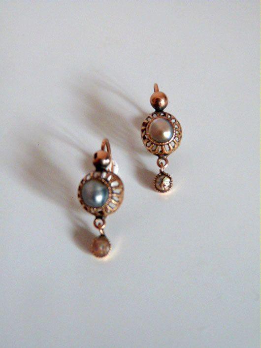 220b91ebd8ec Españoles pendientes antiguos s.XVIII realizados en oro de 14k y perlas de  altayes en