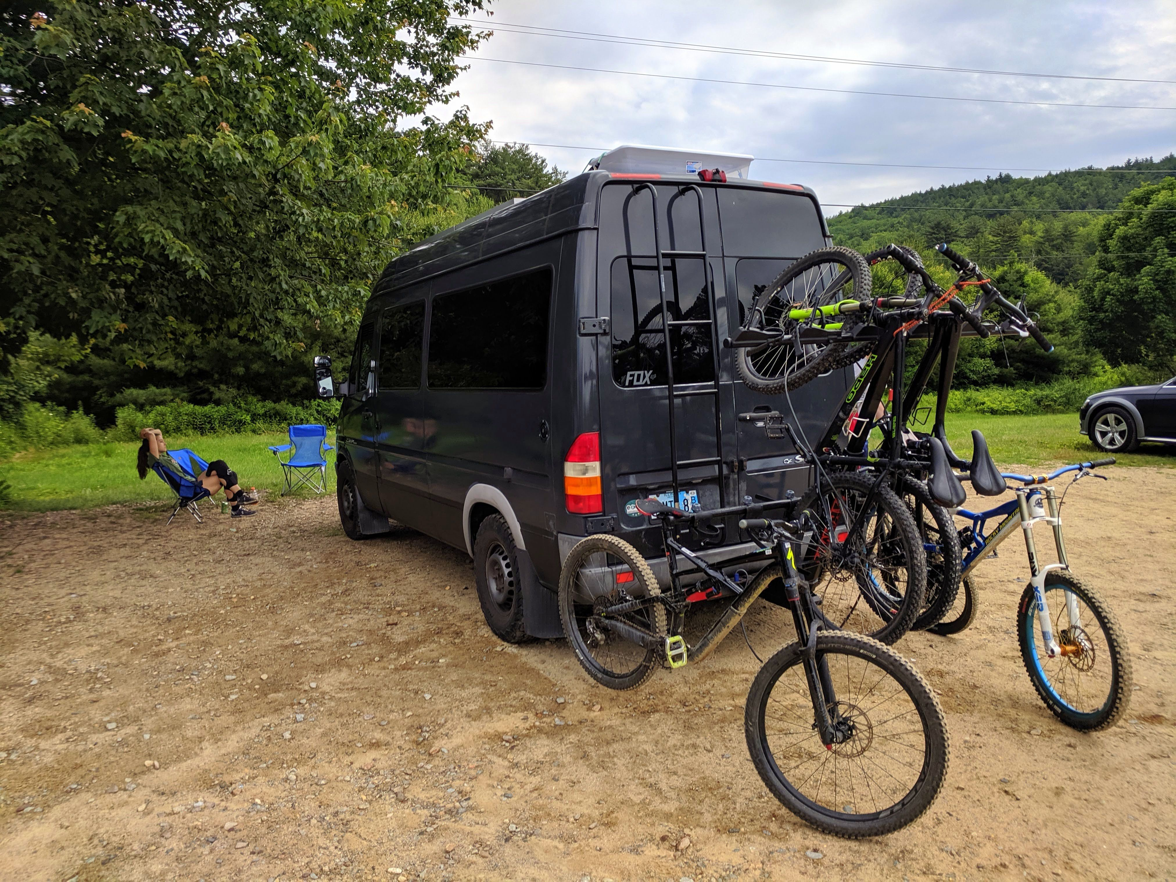 Yakima Hangover 6 Vertical Hitch Bike Rack Review Hitch Bike