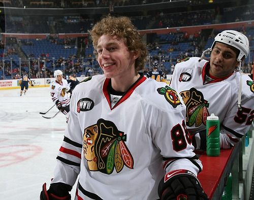 Oh My Goodness Nice Hair Kaner Blackhawks Hockey Hockey Baby Hot Hockey Players