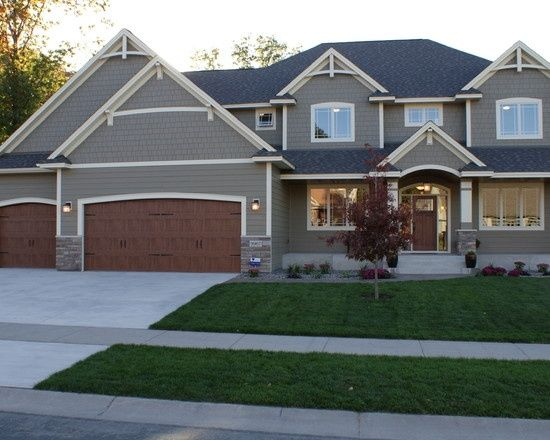James Hardie Siding Timberbark With Navajo Beige Trim Exterior House Colors House Exterior House Paint Exterior