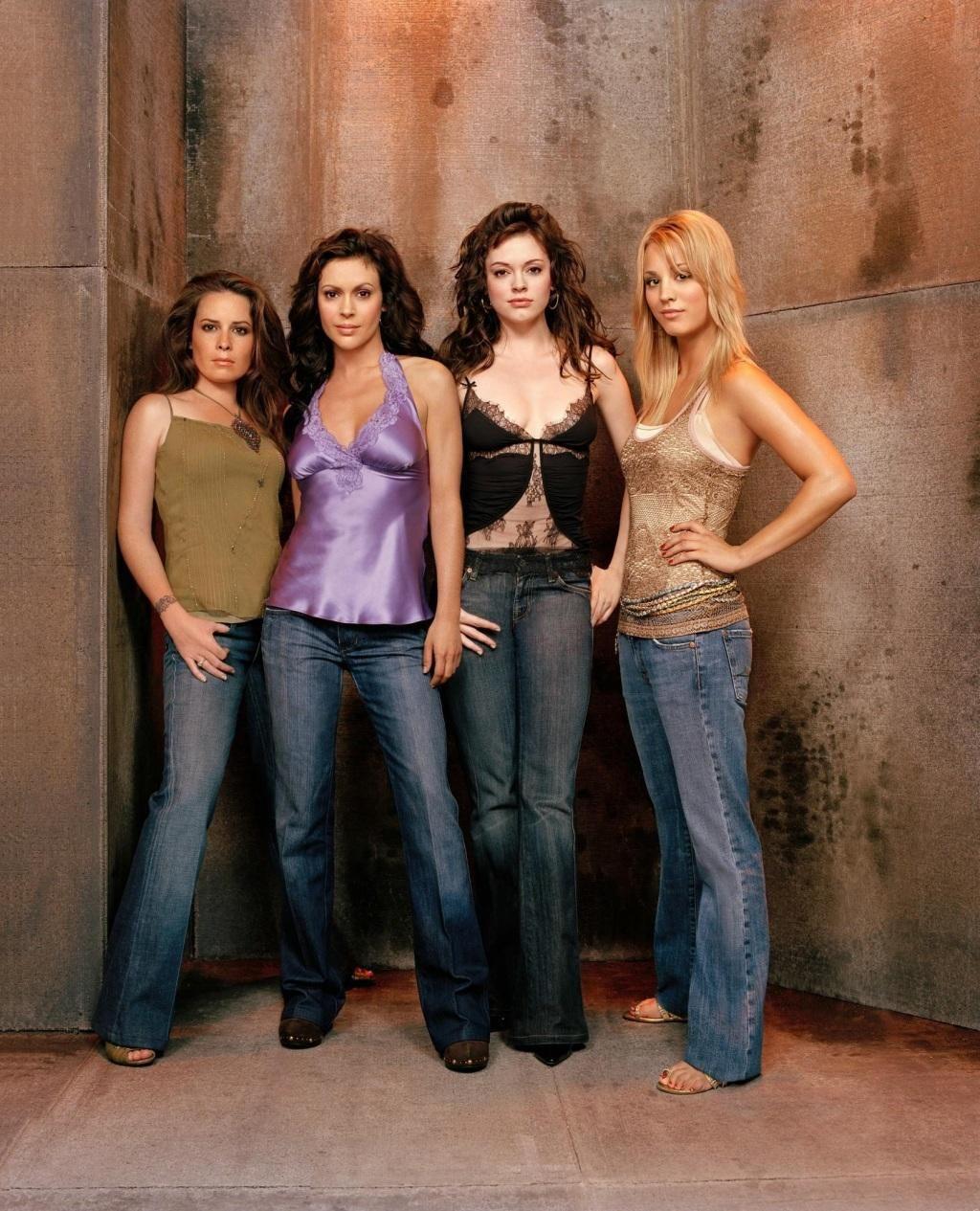 Charmed season 6 cast Holly Marie Combs, Alyssa Milano, Rose