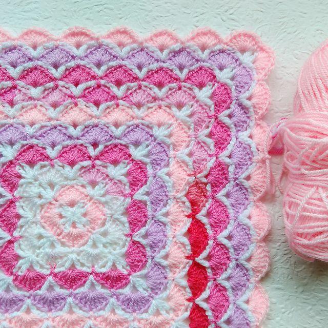 OMG! Shells Square Afghan - Free pattern | mery | Pinterest | Vestiditos