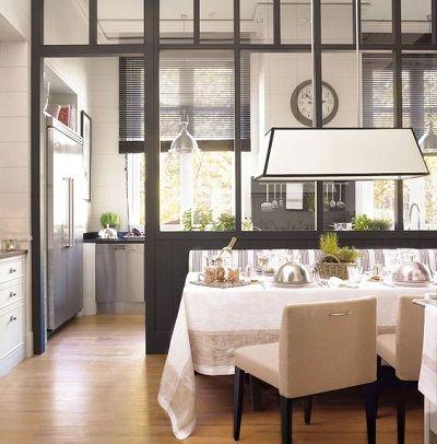 Cristaleras que Separan la Cocina | Modern cottage, Salons and Nest