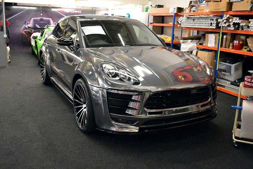 Reforma Black Chrome Wrap Porsche Macan Chrome Cars Porsche Black Mirror