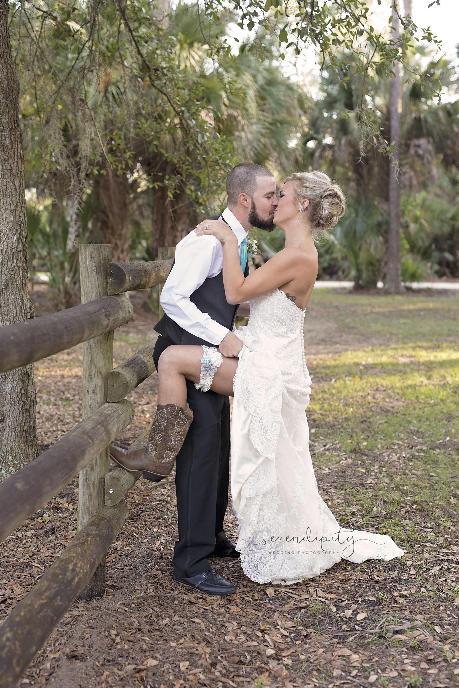 Weddings Wedding Photography Photographer Bride And Groom Poses