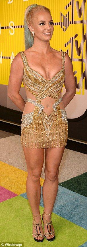 Britney Flashing Nude Spear 32