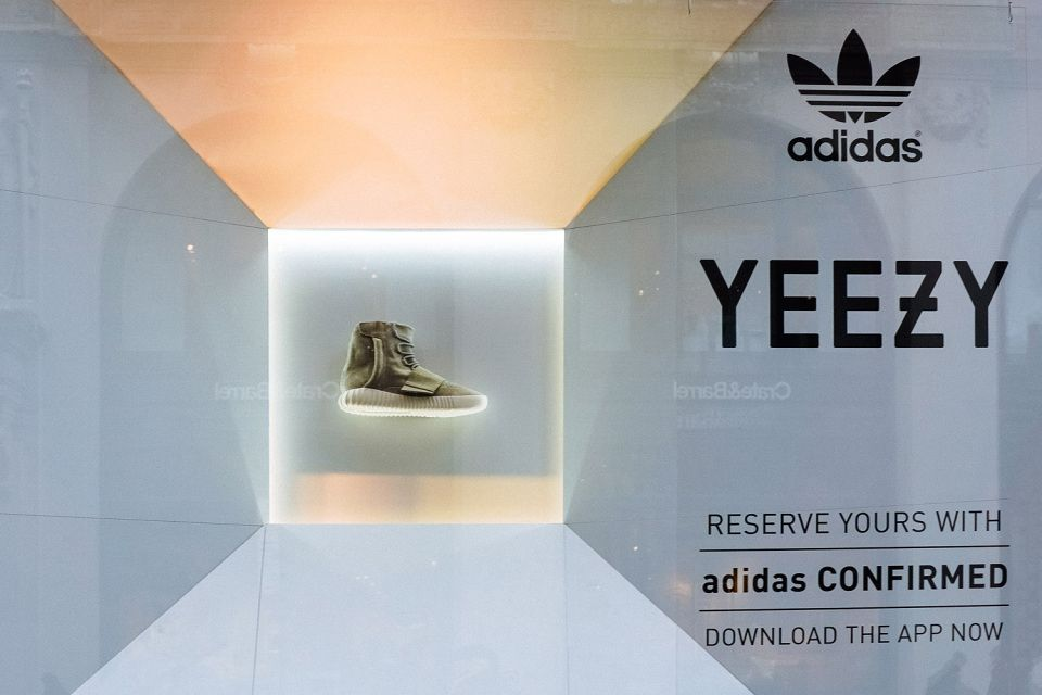 picture of adidas kanye shoes kanye x adidas yeezy boost low