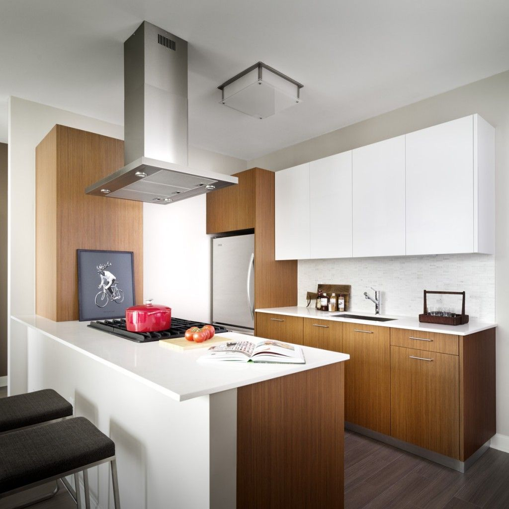 Kitchen At 500 N Lakeshore Drive Apartments