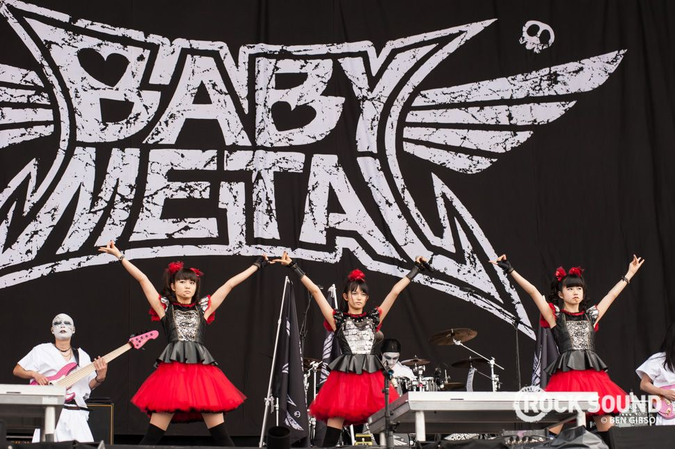12 Photos Of Babymetal Bringing The Metal To Reading Festival - Photos - Rock Sound Magazine