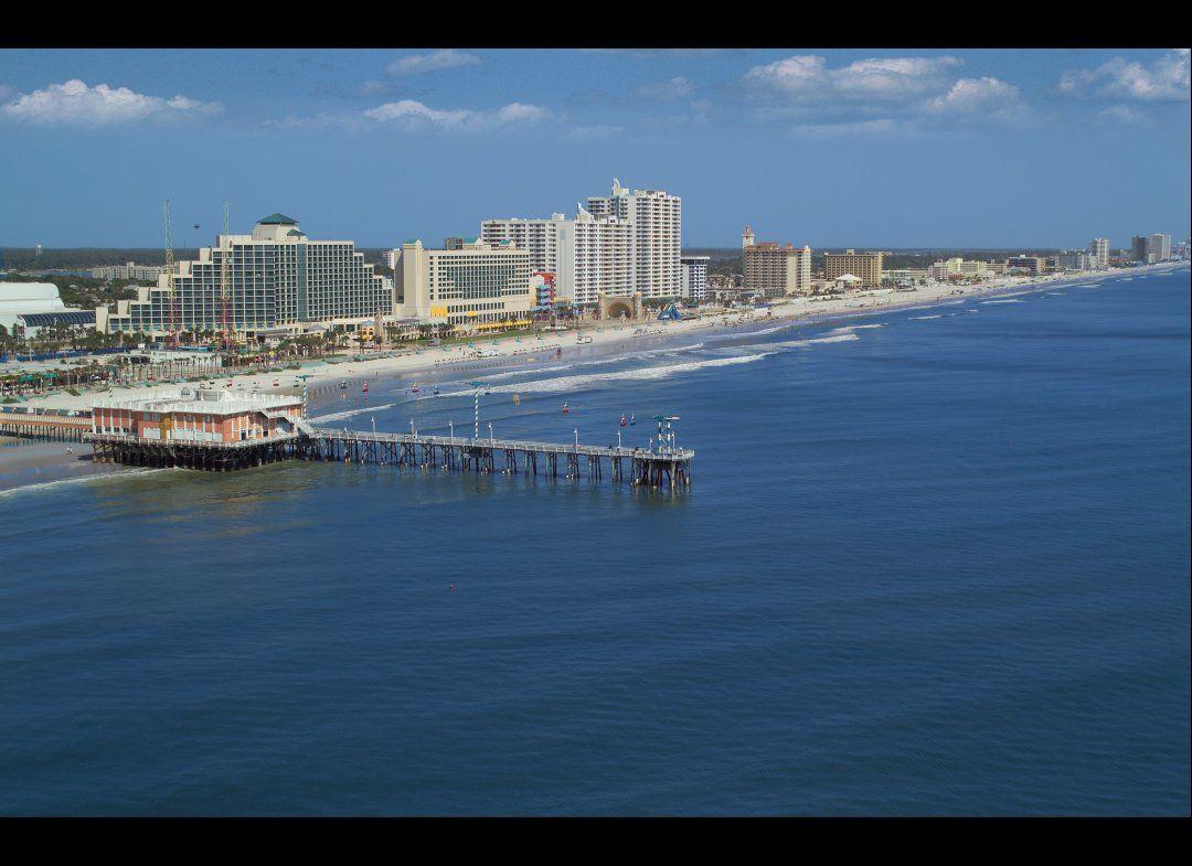 Daytona Beach Florida Find Me Fishing Off The Pier