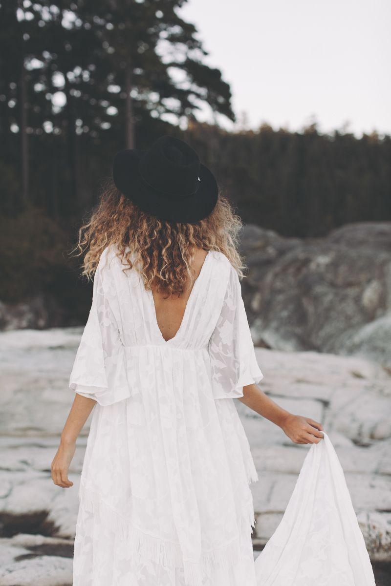 Hippie Brautkleid Noa von Light & Lace Brautmode. Ein Brautkleid
