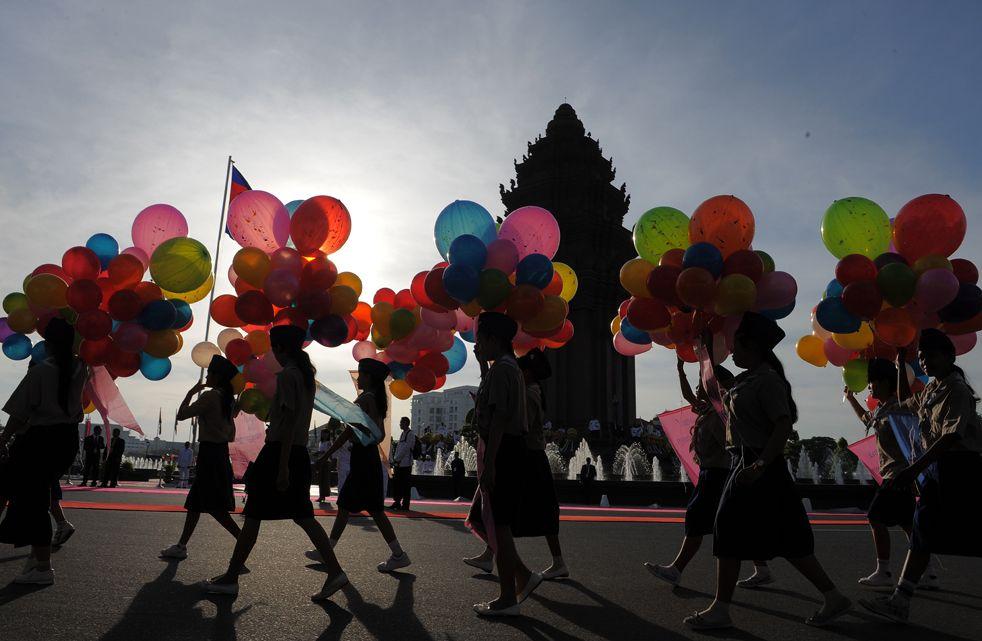 លទ្ធផលរូបភាពសម្រាប់ cambodian fight for independence