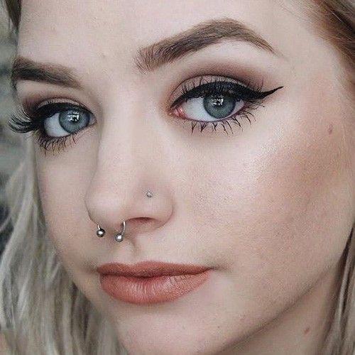 Maddi Bragg Septum And Nostril Piercings Piercings Nariz Pirsin