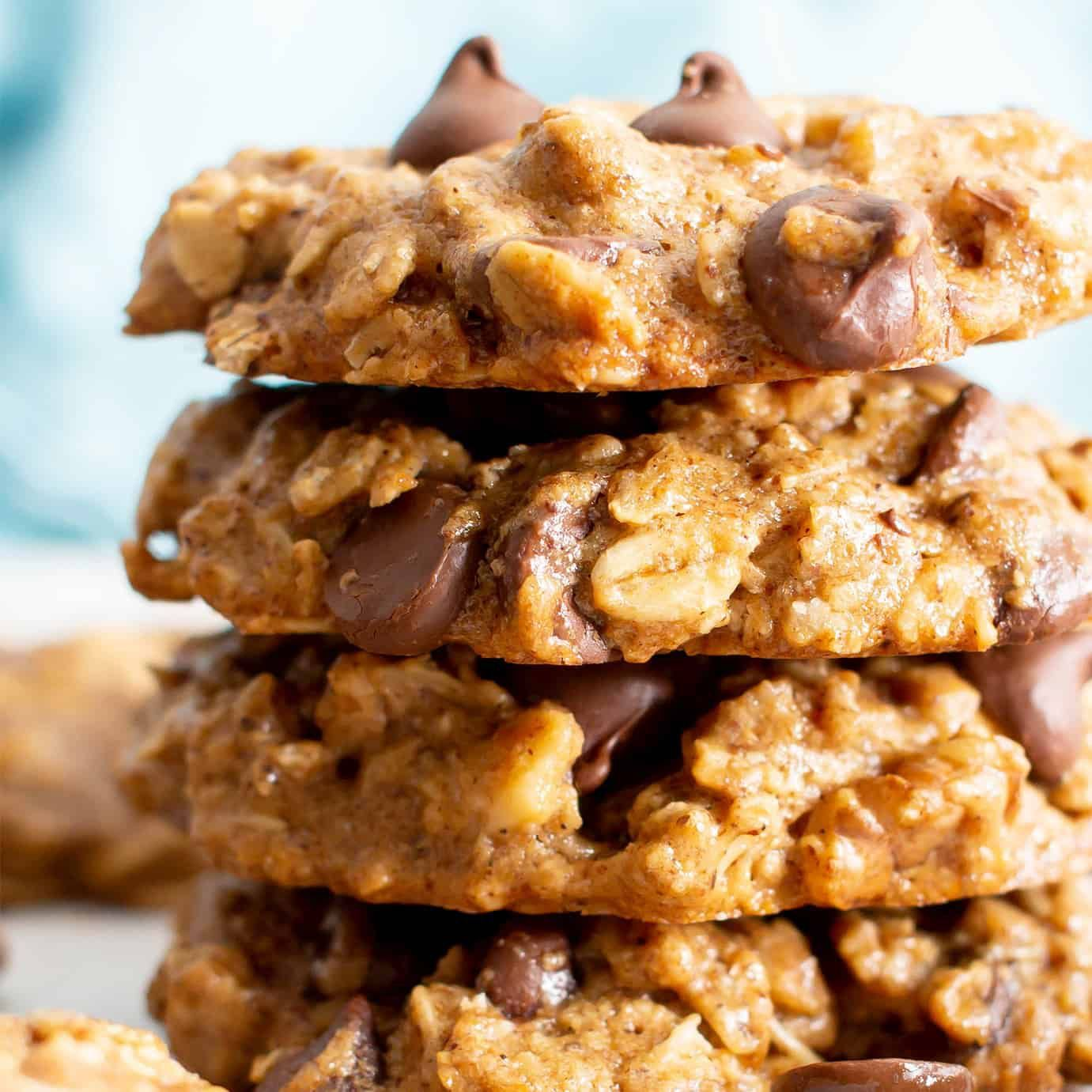 Chewy healthy oatmeal chocolate chip cookies vegan