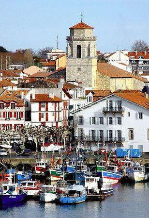 Saint Jean De Luz Pays Basque Pyrenees Atlantiques Aquitaine France Pays Basque Les Regions De France Pays