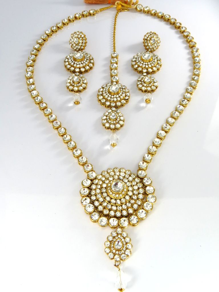 Manufacturer and distributor of fashion jewelry and fine costume
