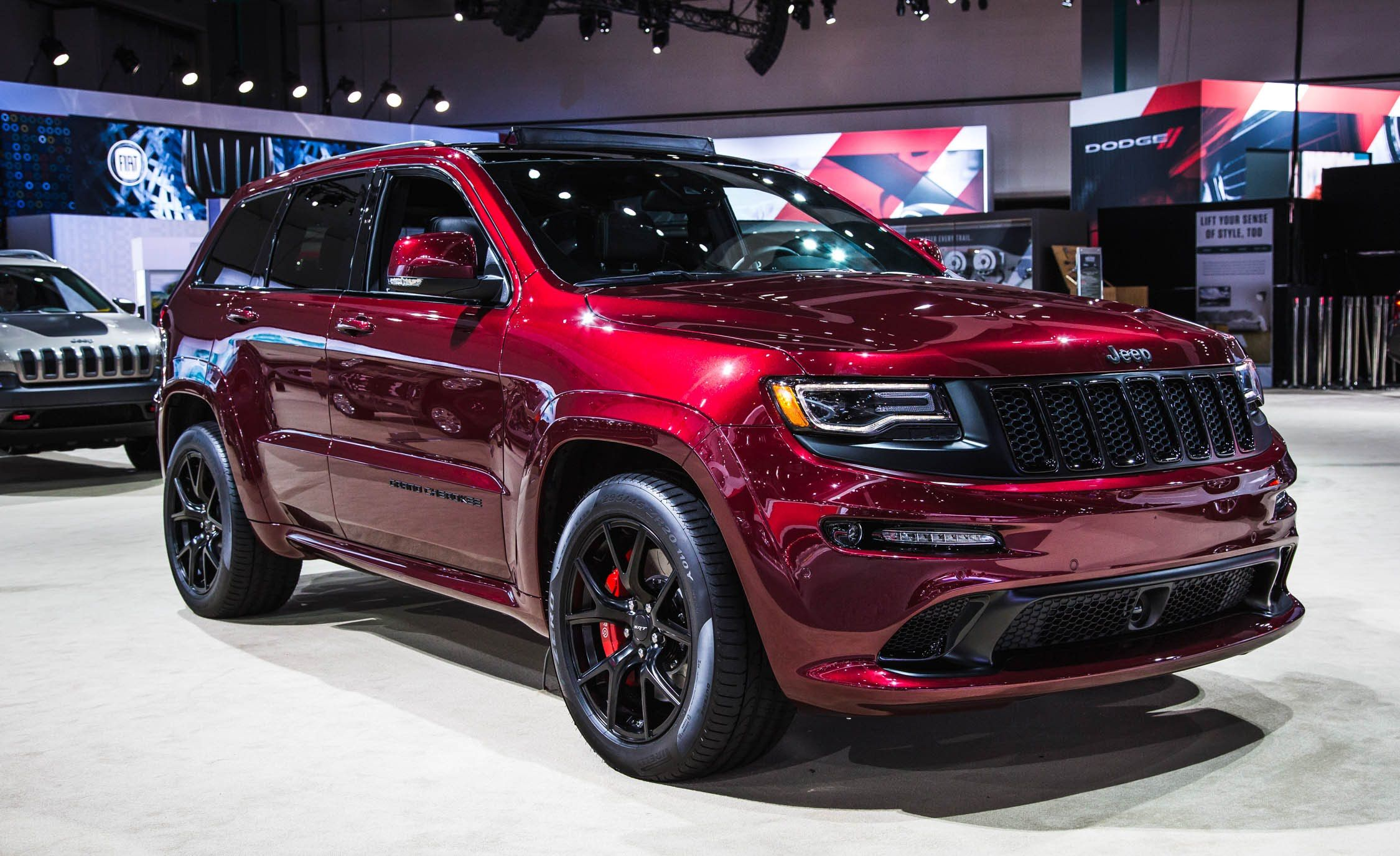 2016 Jeep Grand Cherokee Srt Night Edition La Auto Show 2015 Grand Cherokee Srt8 Jeep Grand Cherokee Limited Jeep Srt8