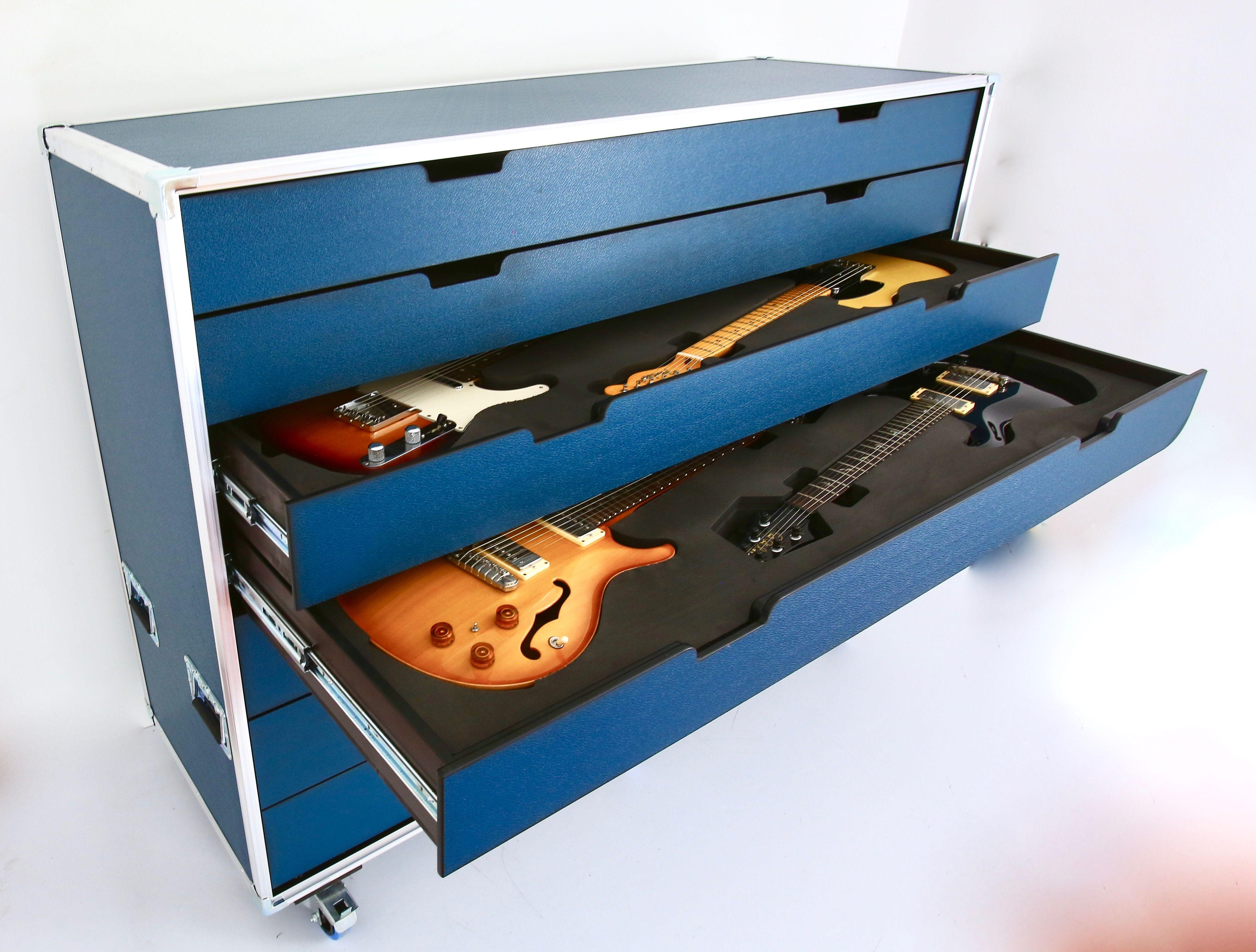 Guitar Flight Case Flighcase Wearepartoftheshow Santosomflight Cases Santosomprofessionalcases Guitar Room Guitar Studio Guitar Storage