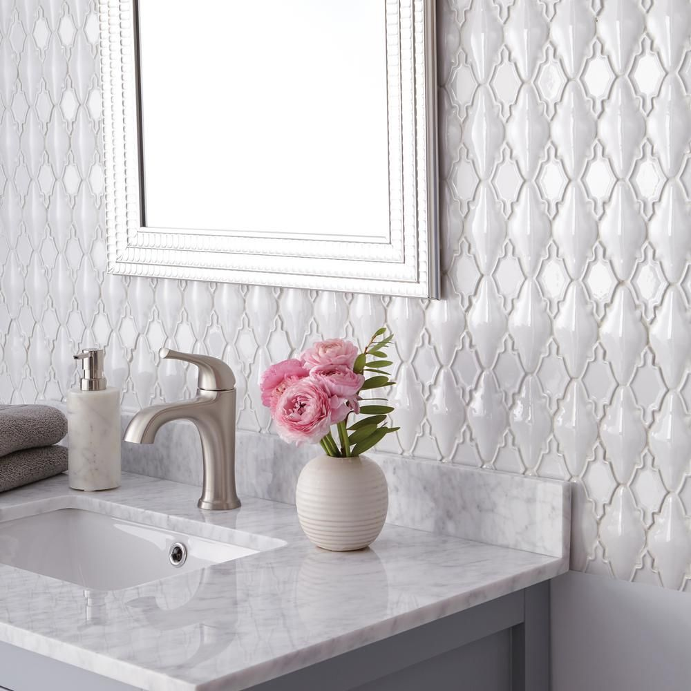 Daltile Premier Accents Alabaster Arabesque 12 In X 14 In X 12 Mm Porcelain Mosaic Wall Tile 0 97 Sq Bathroom Wall Tile Design Daltile Bathroom Accent Wall