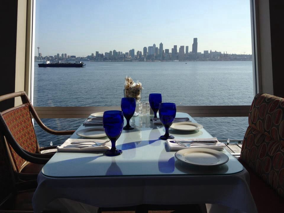 Great View Of Seattle From Salty S Restaurants With A View