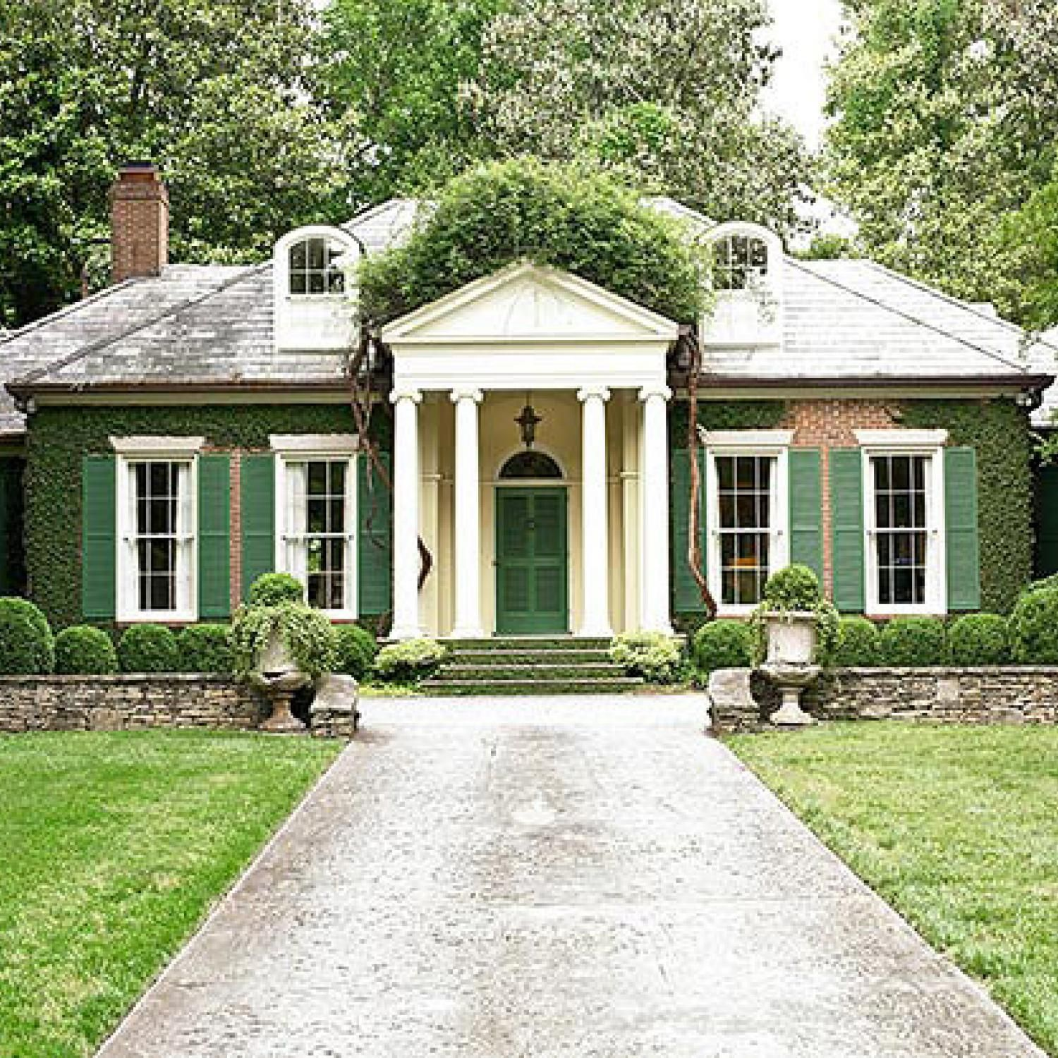 This is exactly me. I don't need a gigantic house but I'd really love to live in something elegant and gorgeous - just like this.