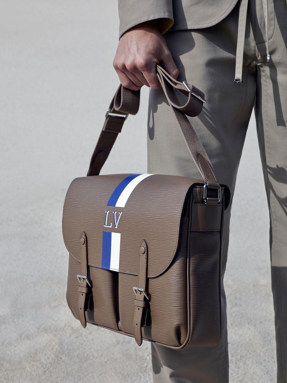 c9393d727 Male Fashion Trends: Louis Vuitton Resort 2016 Collection Acessórios  Masculinos, Bolsas Masculinas, Sapatos