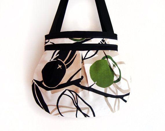 Olivia shoulder bag by GabardineCouture on Etsy, 72.00