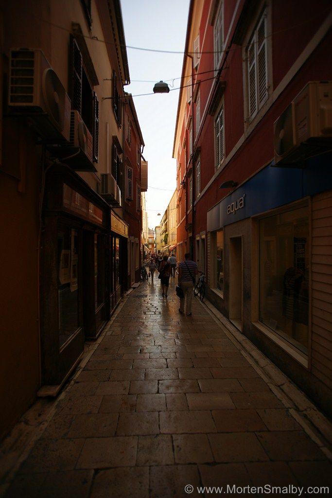 Die schönen mediterranen Gässchen der Altstadt in Zadar