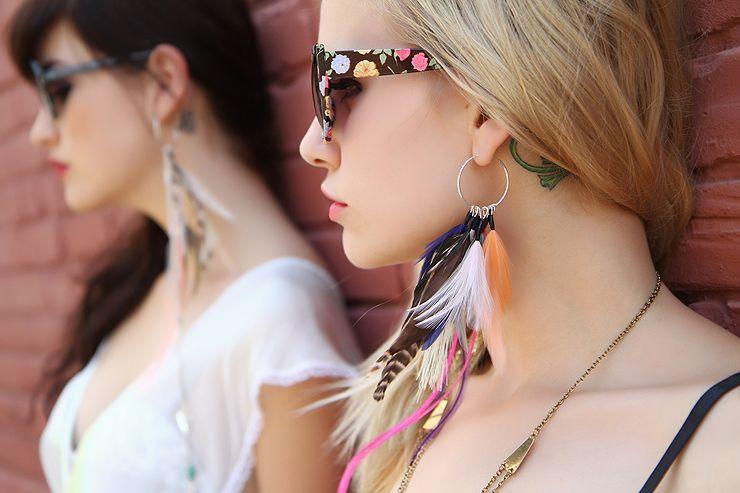 Edge of Urge Feather Earings
